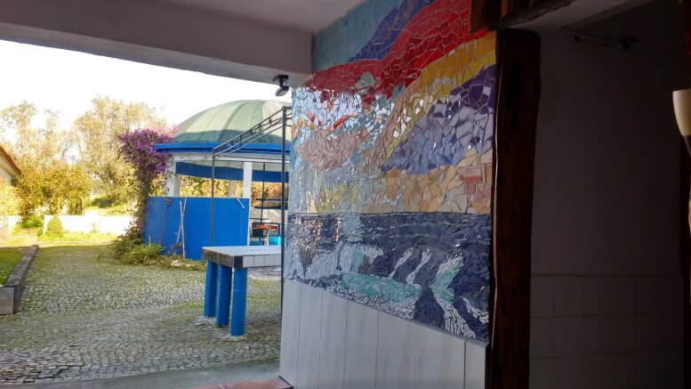 blblog_finally-the-mosaics-in-our-holiday-village-are-ready