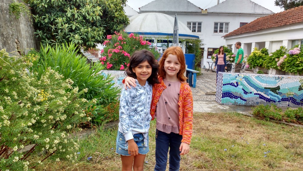 camping-at-Termas-da-Azenha-two-girlfriends