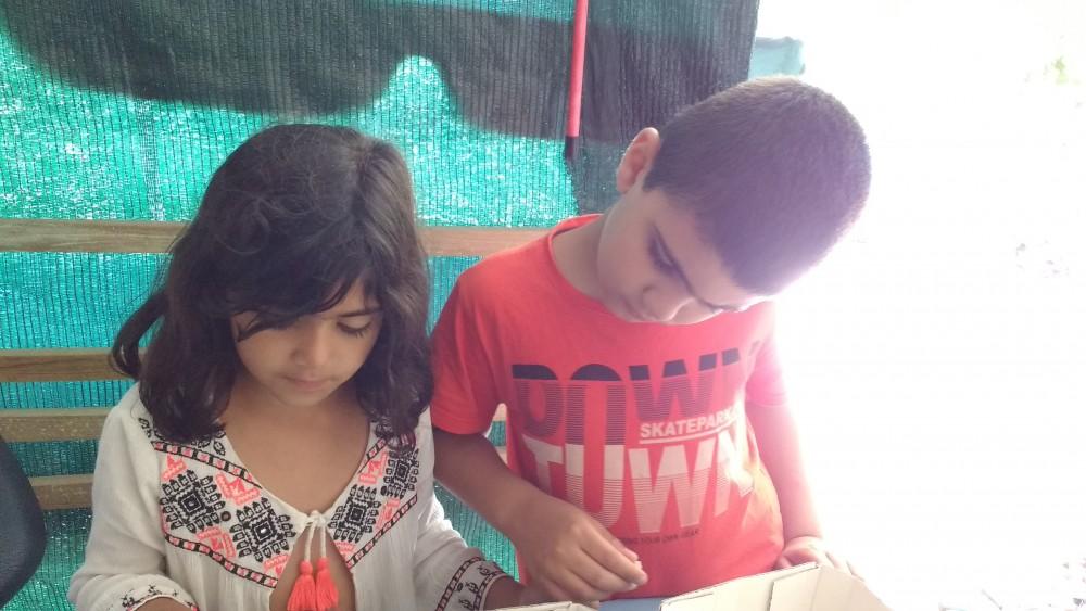 oficina-de-fazer-mosaicos-artisticos-com-crianças