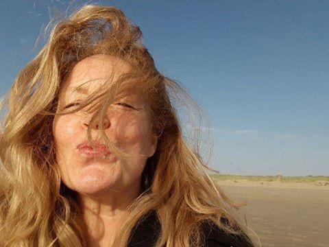 vrouw-op-het-strand