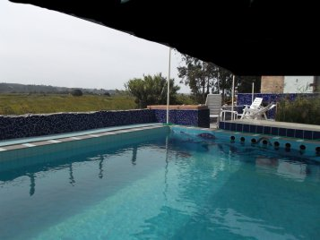 the-big-pool-the-terrace-and-the-view