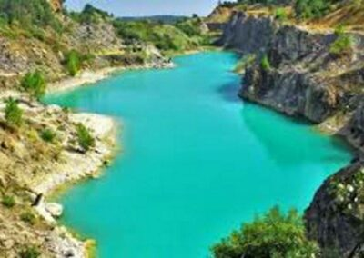 lake-in-Maiorca-close-to-Termas-da-Azenha