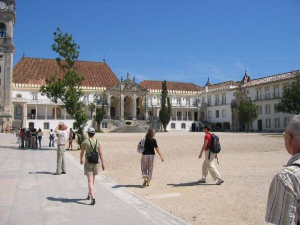 Coimbra-university-square-1