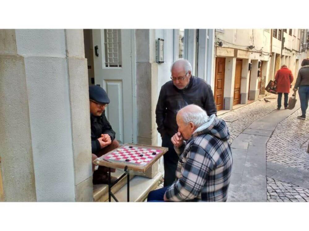 jogo-de-damas-em-Coimbra