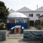 gemeenschappelijk-terras-en-paviljoentje-voor-de-hotelkamers-Appartement-ONE