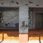 mosaiek-by-de-patio-van-het-zwemmbad-Alice-in-Wonderland