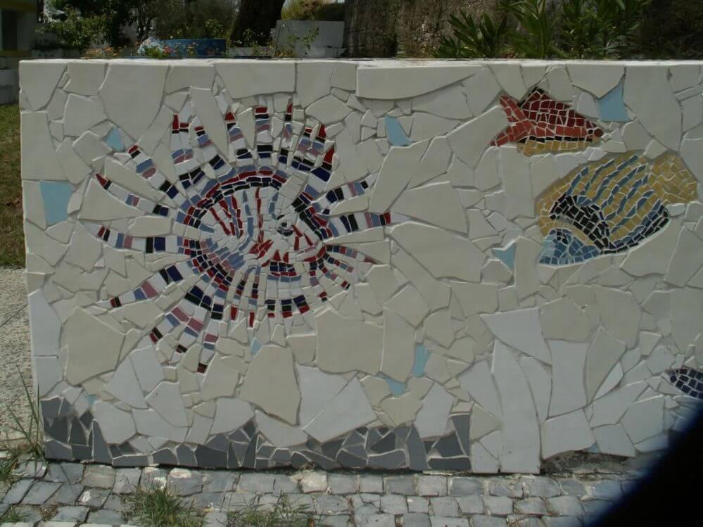 mosaico-no-centro-da-aldeia-Termas-da-Azenha-1