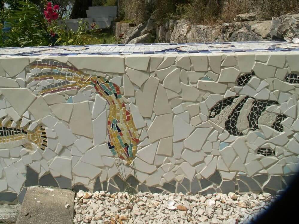 mosaico-no-centro-da-aldeia-Termas-da-Azenha