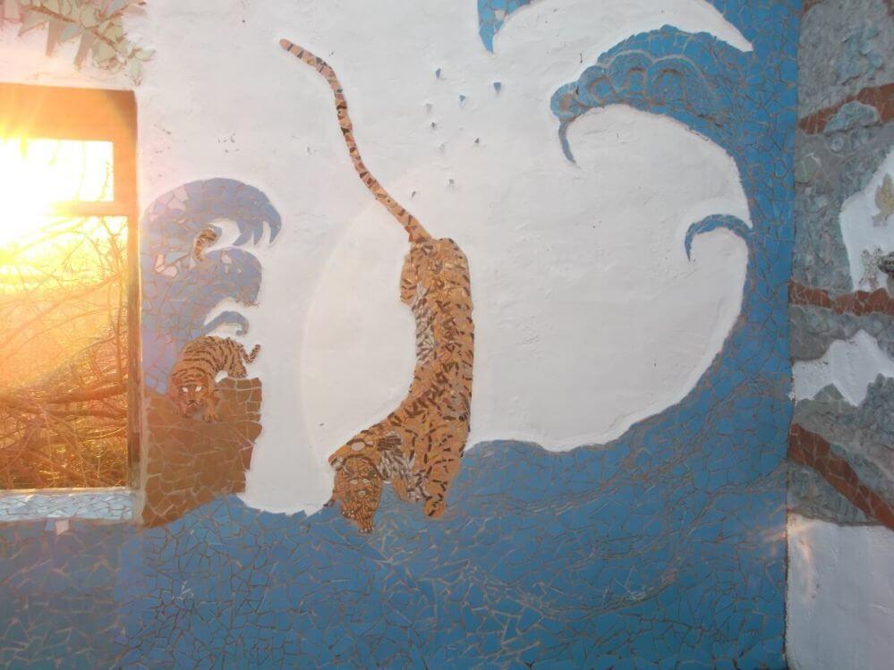 mosaico-tigre-no-rio-terraço-conto-de-fadas-Termas-da-Azenha