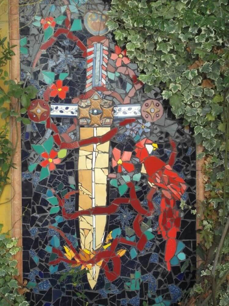 mosaico-de-uma-espada