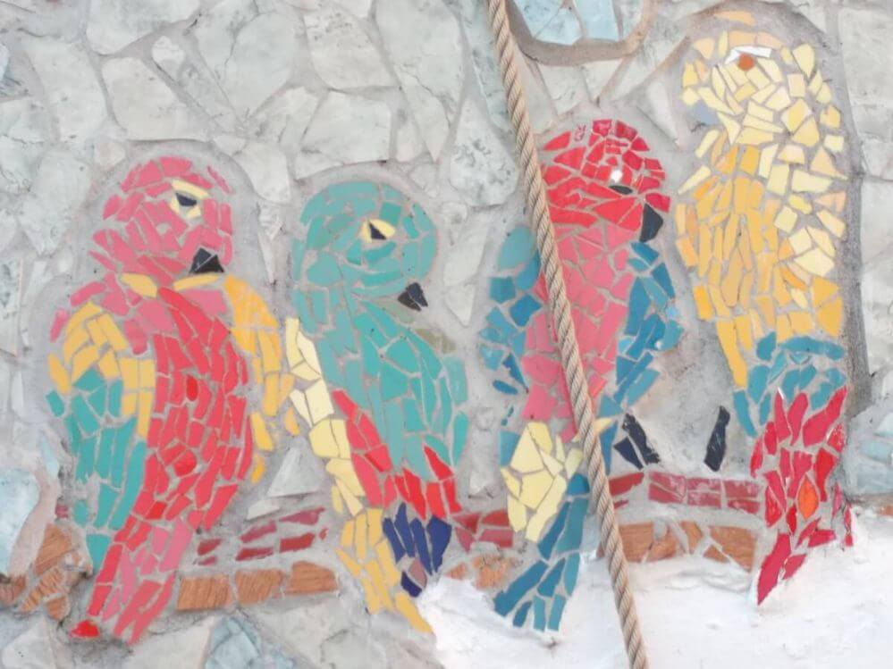 mosaico-de-papagaios-Termas-da-Azenha